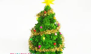 Как сделать елку из картона и мишуры. Самые разные елочки к новому году. Елка своими руками из шишек и пластилина