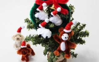 Что сделать из новогодней мишуры на проволоке. Как сделать снежинку из синельной проволоки к новому году. Ёлка для стены своими руками