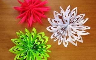 Красивые новогодние снежинки схемы. Как сделать новогодние снежинки своими руками . На помощь идут натуральные материалы