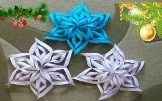 Как делать снежинки из бумаги без клея. Снежинки своими руками из прозрачных пластин. Как сделать снежинки из бумаги