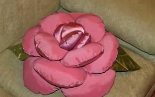 Декоративные подушки роза своими руками. Декоративные подушки цветы своими руками