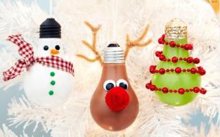 Елочные игрушки из лампочек. Елочные игрушки из лампочек своими руками. Пингвин из лампочки — поделка на елку своими руками