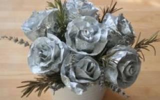 Роза из фольги своими руками. Поделка изделие плетение роза из фольги мастер-класс