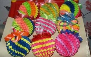 Бумажные шары оригами. Шары оригами из бумаги на новый год. Как сделать шар из бумаги своими руками
