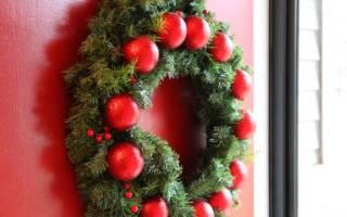 Как сделать венок из пенопласта новогодний. Как сделать новогодний венок своими руками: полезные мастер-классы для оформления комнаты к празднику
