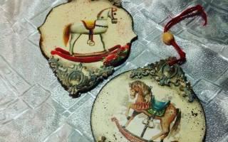 Обратный декупаж — новогодняя тарелка. Оформление новогодней тарелки Декорирование тарелок своими руками к новому году