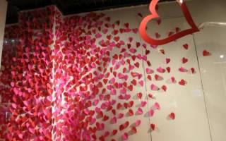 Своими руками на день влюбленных. Как украсить комнату ко дню Всех Влюбленных — декор стен. Сердечки из пряжи, обернутой вокруг картона