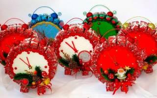 Новогодние санки из конфет своими руками. Санки из сладостей. «Сани Деда Мороза» из сладостей
